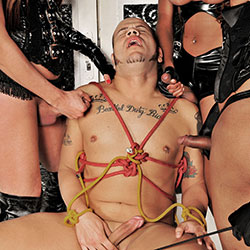 Tranny domme trio and a submissive slave